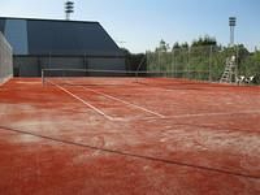 Courts de Tennis | Office de Tourisme Bugey Sud Grand Colombier
