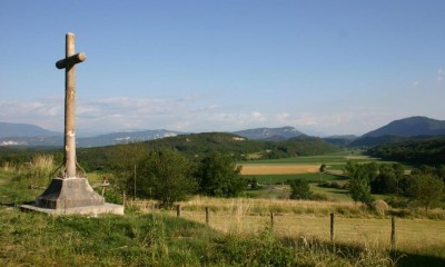 Promenade nature ambl on office de tourisme bugey sud grand colombier - Office de tourisme belley ...