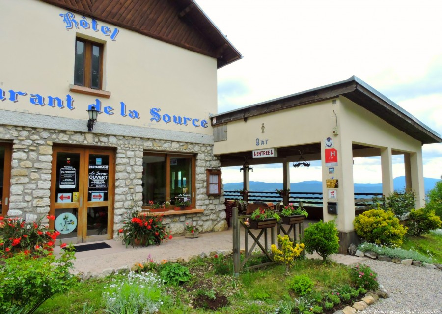 Tradition et qualit bienvenue l h tel restaurant de la source office de tourisme bugey - Office de tourisme belley ...