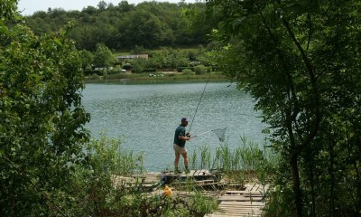 Fishing in Virieu le Grand lake